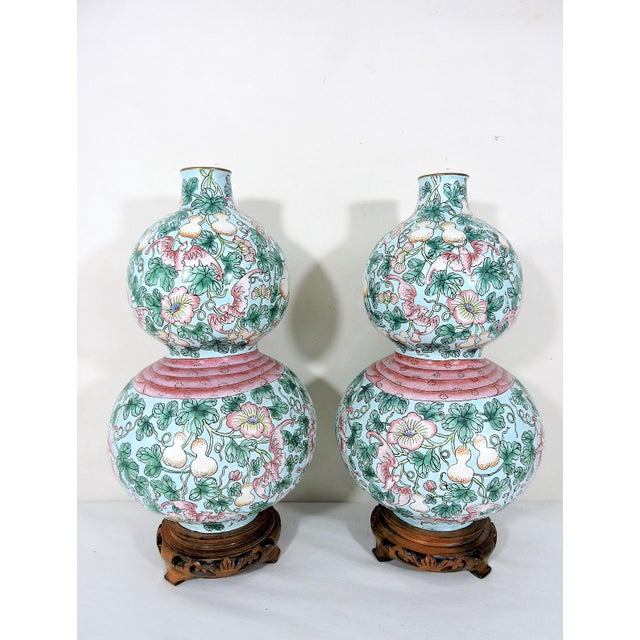 Mid 20th Century Rare Enamelled 'Huluping' Chinese Double Gourd Pink and Blue Vases With Wood Stands - a Pair For Sale - Image 5 of 10