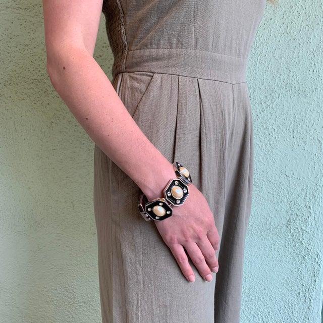 1980s Ysl Yves Saint Laurent Faux Mabe Pearl & Black Enamel Link Bracelet For Sale - Image 12 of 13