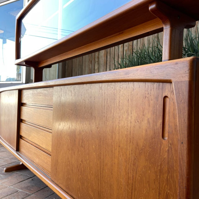 Mid-Century Modern 1970s Danish Modern Teak Credenza With Floating Top For Sale - Image 3 of 11