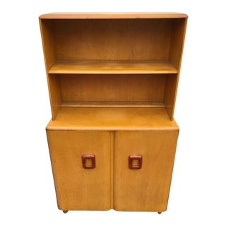 Vintage Heywood Wakefield Mid Century Modern Open Top Wheat China Hutch For Sale