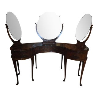 Coiffeuse or Dressing Table with Three Mirrors on Pad Feet, 19th Century For Sale