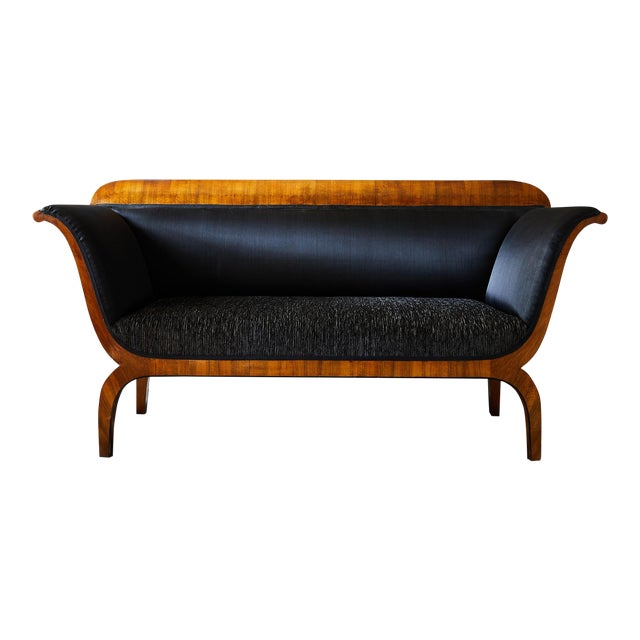 Early 19th Century Biedermeier Sofa of Cherry in Black Horsehair Fabric For Sale
