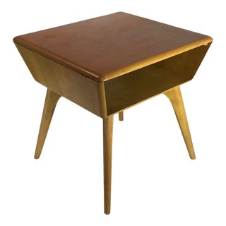 1950s Mid Century Modern Heywood-Wakefield Atomic Side Table For Sale
