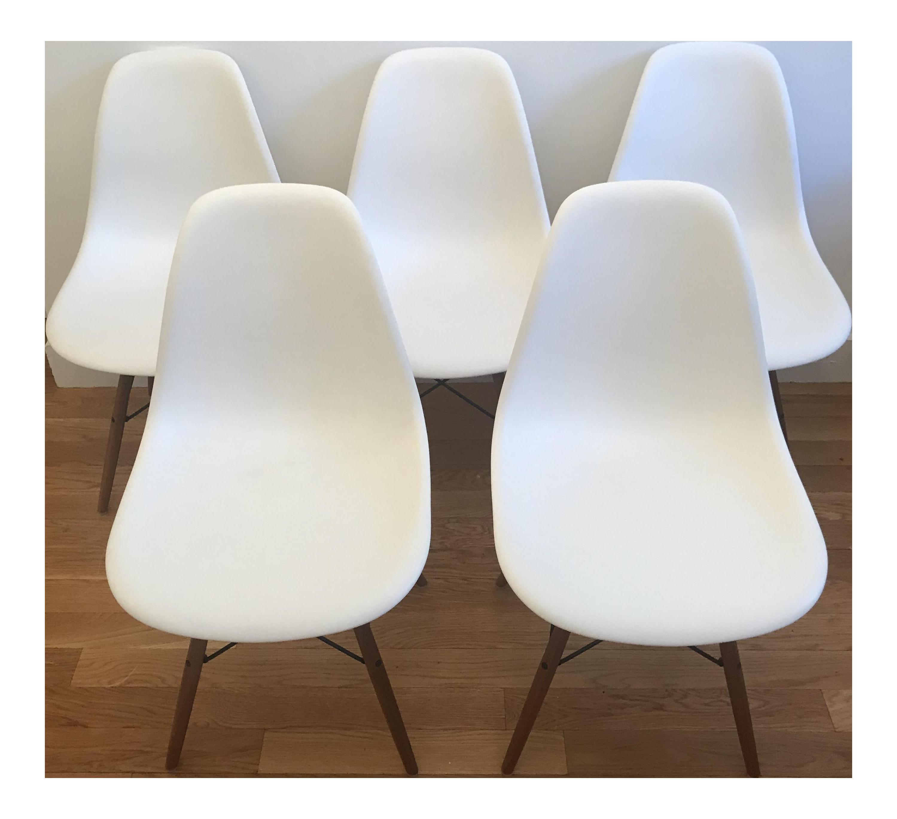 Herman Miller Eames Molded Plastic Dowel Leg Side Chairs   Set Of 5    Chairish