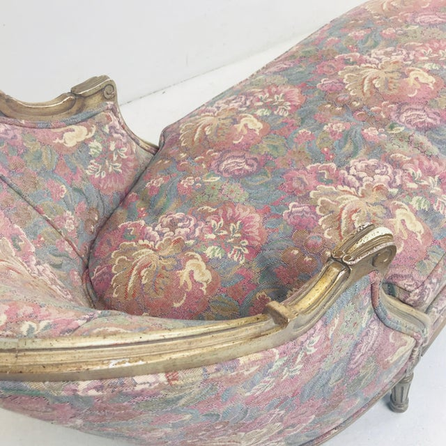 French Louis XVI Style Floral Chaise Lounge For Sale In Dallas - Image 6 of 10