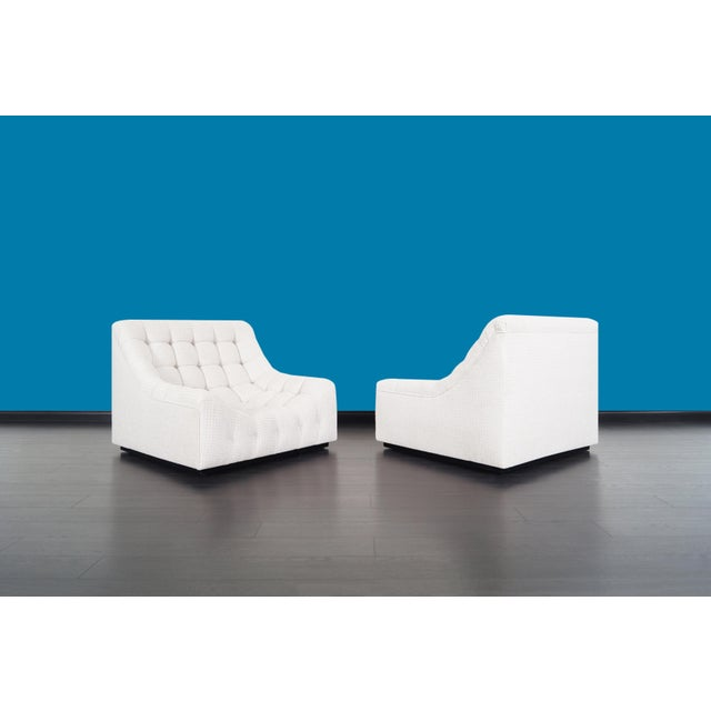 Mid-Century Modern Vintage Deep Biscuit Tufted Lounge Chairs Attributed to Milo Baughman - a Pair For Sale - Image 3 of 13