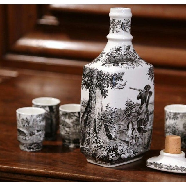 Mid-20th Century German Porcelain Painted Liquor Set From Villeroy & Boch For Sale In Dallas - Image 6 of 9