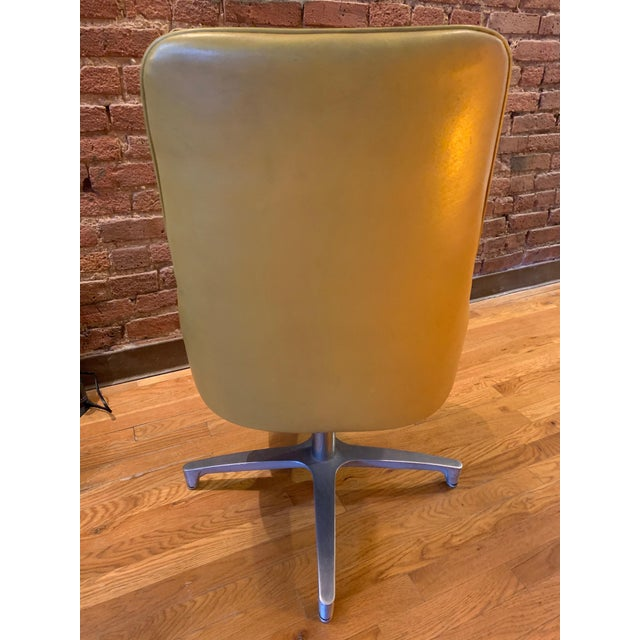 Mid 20th Century Vintage Mid-Century Modern Chromantic '66 by Chromcraft Dining Swivel Chairs - Set of 4 For Sale - Image 5 of 12