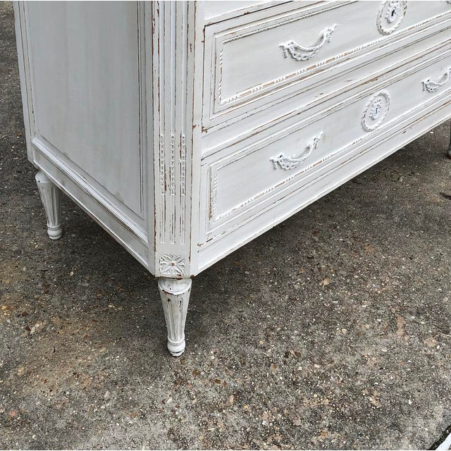 White 19th Century Country French Louis XVI Painted Commode For Sale - Image 8 of 12