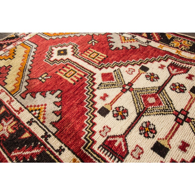 "Early 20th Century Early 20th Century Vintage Anatolian Rug, 2'9"" X 5'4"" For Sale - Image 5 of 10"
