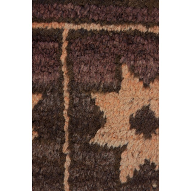 "Traditional Tribal Hand Knotted Area Rug - 4'10"" X 7'3"" For Sale - Image 3 of 3"