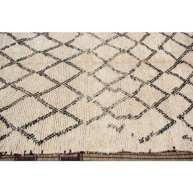 1950s Moroccan Vintage Beni Ouarain Rug North Africa For Sale - Image 5 of 8
