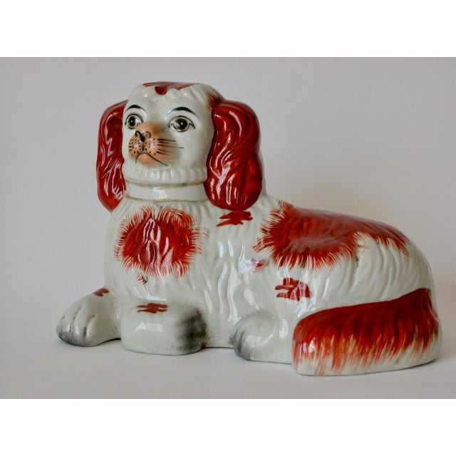 Mid 20th Century Vintage Mid-Century Staffordshire Style Spaniel Figurines - A Pair For Sale - Image 5 of 10