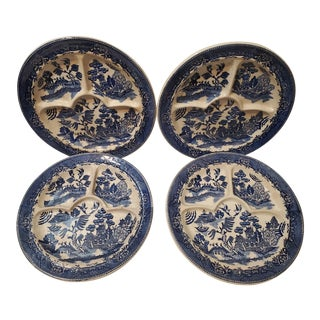 Vintage Blue Willow and White Ironstone Hotel Ware Divided Dinner Plates - Set of 4 For Sale