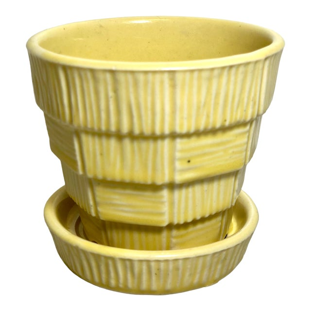 "McCoy Pottery Small ""Yellow"" Mid-Century Flowerpot and Saucer For Sale"