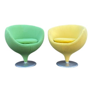 Vintage Pod Swivel Chairs - a Pair For Sale