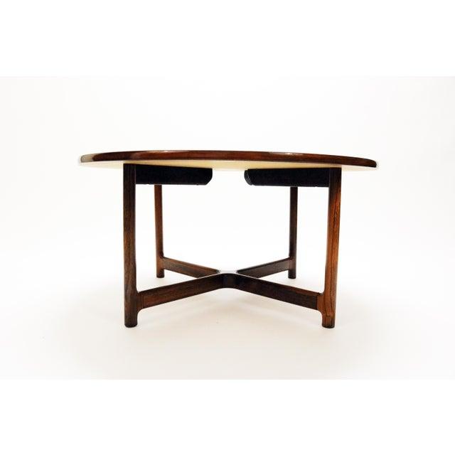 Mid 20th Century Scandinavian Modern Arne Halvorsen for Rasmus Solberg of Norway Round Rosewood Coffee Table For Sale - Image 5 of 7