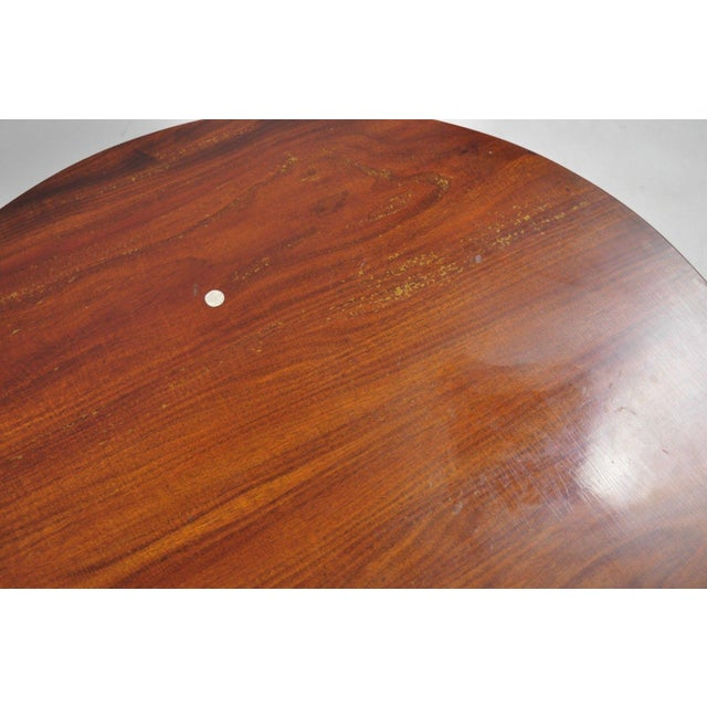 Mahogany 20th Century Queen Anne Style Tripod Mahogany Tilt Top Occasional Table For Sale - Image 7 of 11