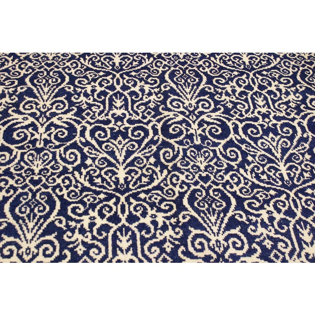 Cryena Modern Tiffiny Blue/Ivory Wool Rug - 5'2 X 7'2 For Sale In New York - Image 6 of 8