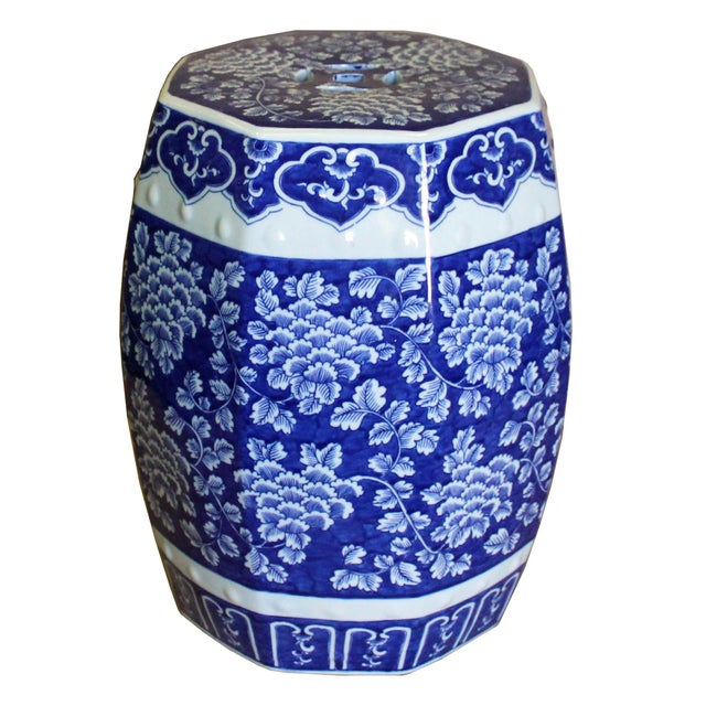 Chinese Blue & White Porcelain Floral Theme Octagon Stool Table For Sale In San Francisco - Image 6 of 8