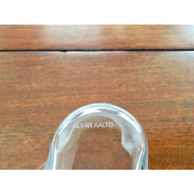 Iittala AlvarAalto Savoy Wave Modernist Vases - a Pair For Sale In New York - Image 6 of 9