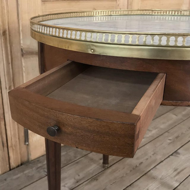 19th Century French Directoire Marble Top Round End Table For Sale - Image 12 of 13