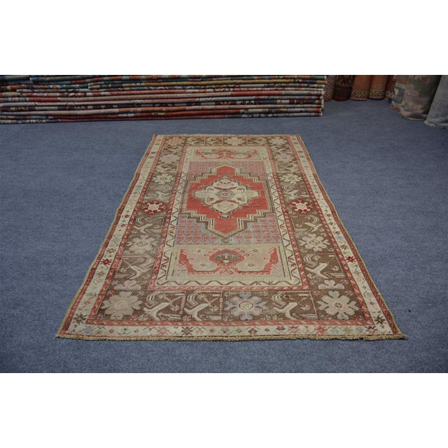 Product Code : AMC144 •Size: 3'2″x5'3″ feet ** 098×162 cm •Material : Wool & Cotton •Age: Old Rug •The rug is clean and...
