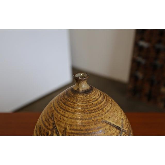 Tim Kennan Ceramic Vase For Sale - Image 4 of 9