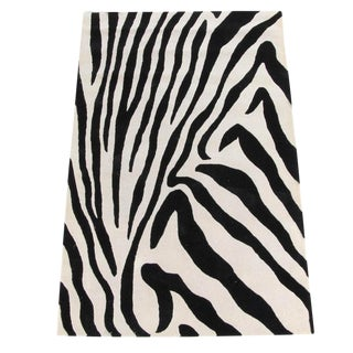 Hand-Tufted Zebra Pattern Wool Rug - 5′ × 7′9″ For Sale