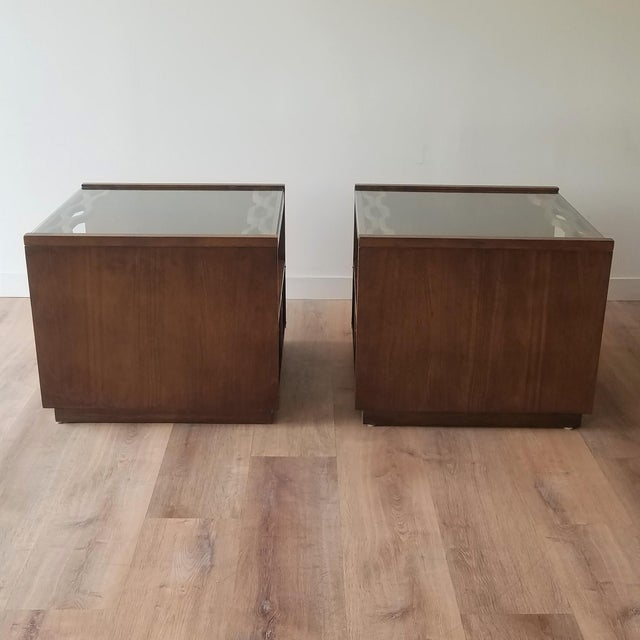 Vintage Mid-Century Modern Walnut Side Tables With Glass Tops - a Pair For Sale - Image 4 of 13