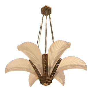 "French Art Deco ""Feather"" Chandelier For Sale"