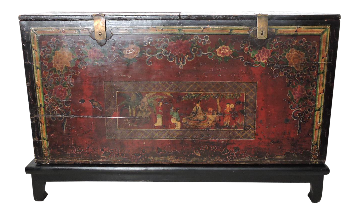 Superieur Historical Antique Chinese Storage Chest/Trunk For Sale