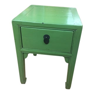 20th Century Chinese Apple Green Lacquered Side Table For Sale