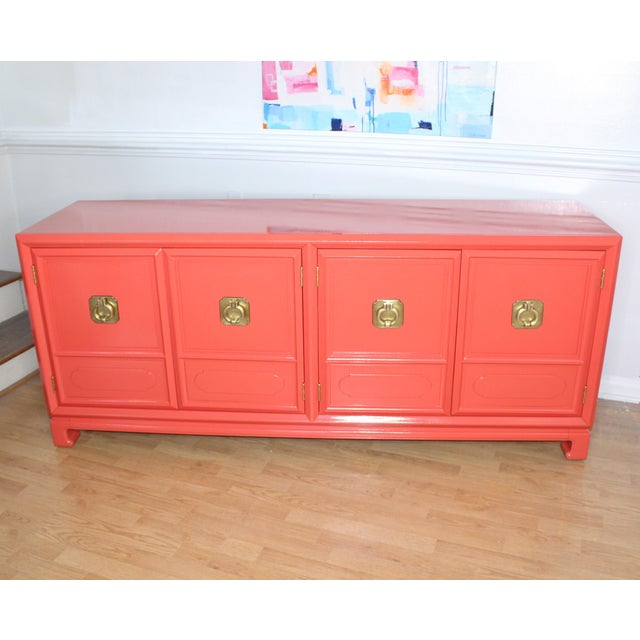 Thomasville Lacquered Hollywood Regency Chinoiserie Credenza For Sale - Image 11 of 11