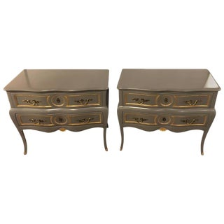 Pair of Louis XV Style Paint and Gilt Decorated Commodes Nightstands For Sale