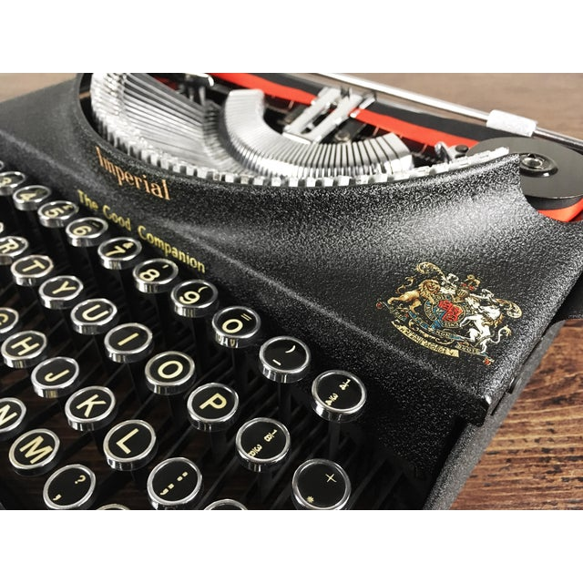 Vintage 1930s Art Deco Styled Imperial 'Good Companion' Portable Typewriter, Fully Refurbished, Impeccable - Image 2 of 9