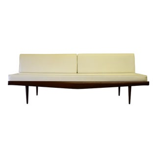 Mid Century Modern Walnut Daybed / Sofa For Sale