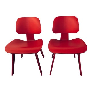 Pair of Eames® Molded Plywood Dining Chairs - Original Pre-Catalysed Lacquer Finish (Discontinued)! For Sale
