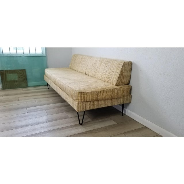 George Nelson for Herman Miller Convertible Daybed Sofa With Hairpin Legs . For Sale - Image 4 of 13