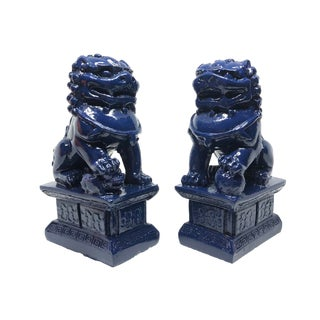 Chinoiserie Navy Blue Foo Dogs - A Pair For Sale