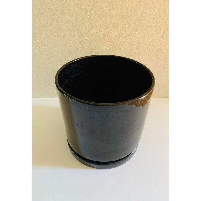Mid-Century Modern Black Gainey Ceramics Planter Pot Plus Draining Platter Saucer For Sale - Image 10 of 10
