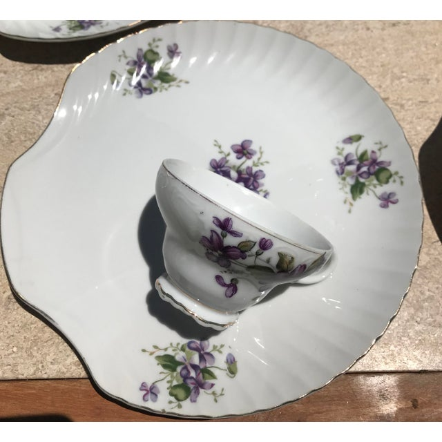 1990s Mid-Century Modern Purple Floral Tea Time Snack Plates and Cups - 8 Pieces For Sale - Image 4 of 7