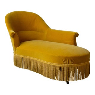 French 19th Century Chaise Lounge in Gold Velvet For Sale
