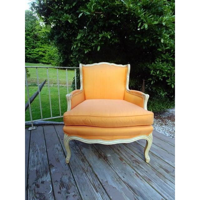 Henredon White Frame Orange Upholstery Louis XV Down Fill Bergere Chair For Sale - Image 13 of 13