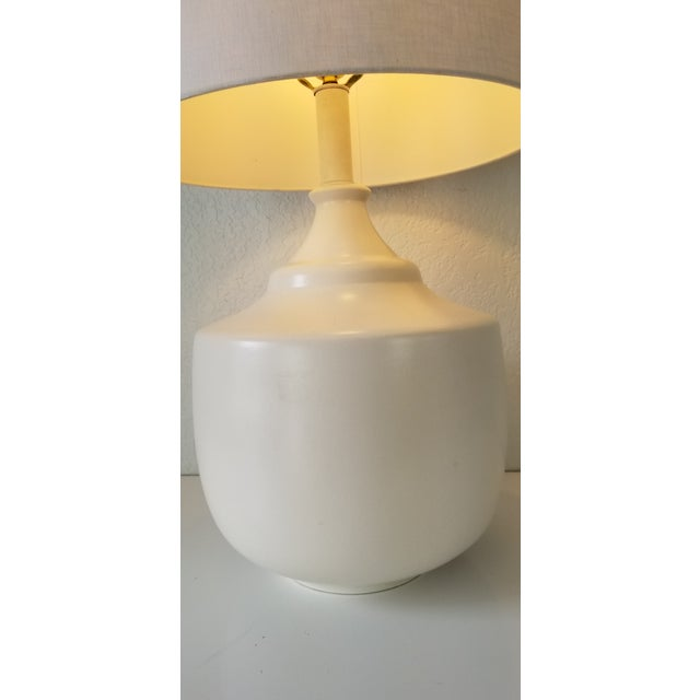 Mid-Century Modern Jacques Grange Style Flat White Glazed Table Lamp. For Sale - Image 3 of 11