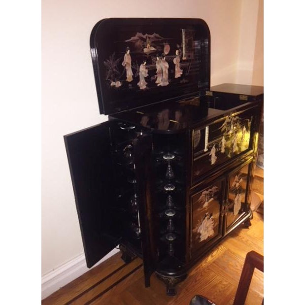 Lacquer Regency Black Lacquer Chinoiserie Bar Cabinet For Sale - Image 7 of 10
