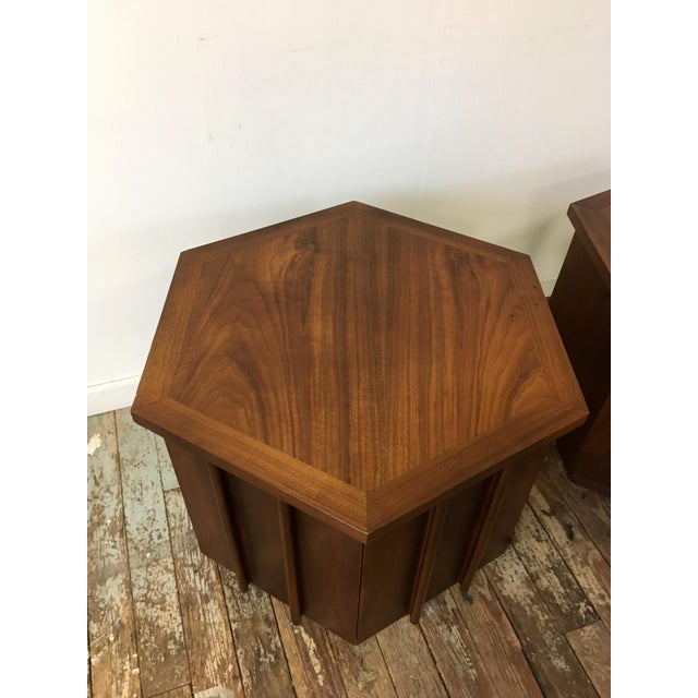 Lane Furniture Mid-Century Lane Hexagon Walnut Side Tables - a Pair For Sale - Image 4 of 10