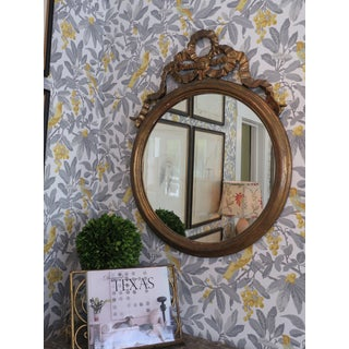 Round Gilded Mirror Adorned With Bow Preview