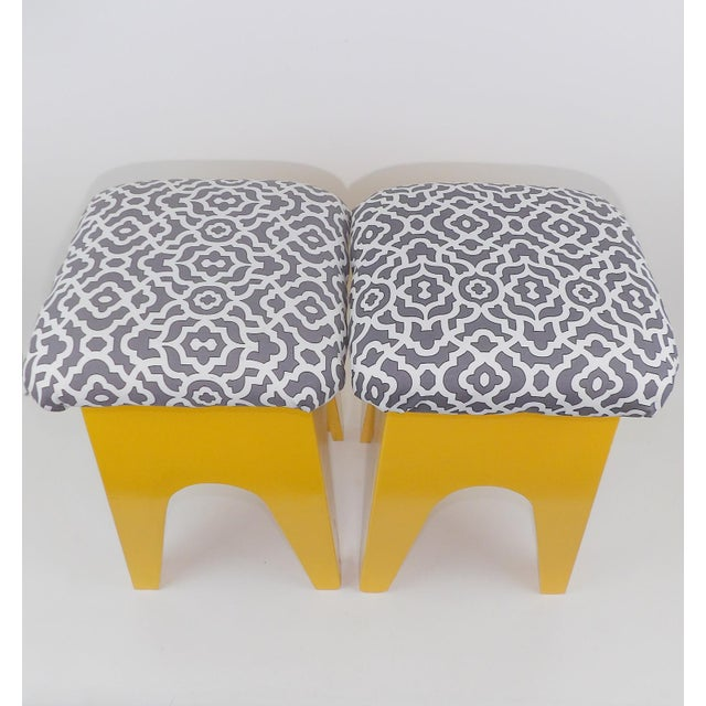 Fabric Mid-Century Modern Marigold Geometric Pattern Stools - A Pair For Sale - Image 7 of 8
