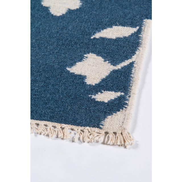 """Erin Gates Thompson Grove Navy Hand Woven Wool Area Rug 5' X 7'6"""" For Sale - Image 4 of 7"""